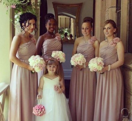 Bridesmaid bouqet and Flower girl