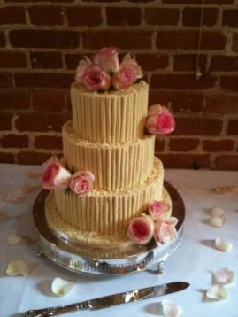 May 2011 Cake with Roses