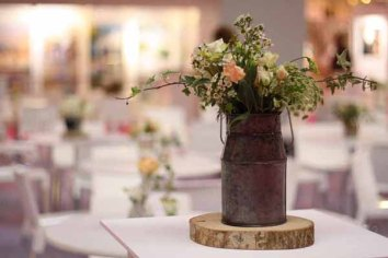 Passion-for-Flowers-stand-at-The-National-Wedding-Show-Birmingham-32