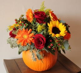 Pumpkin Floral Centerpiece Crafthubs pertaining to Pumpkin Flower Arrangements - Flower Arrangement Ideas