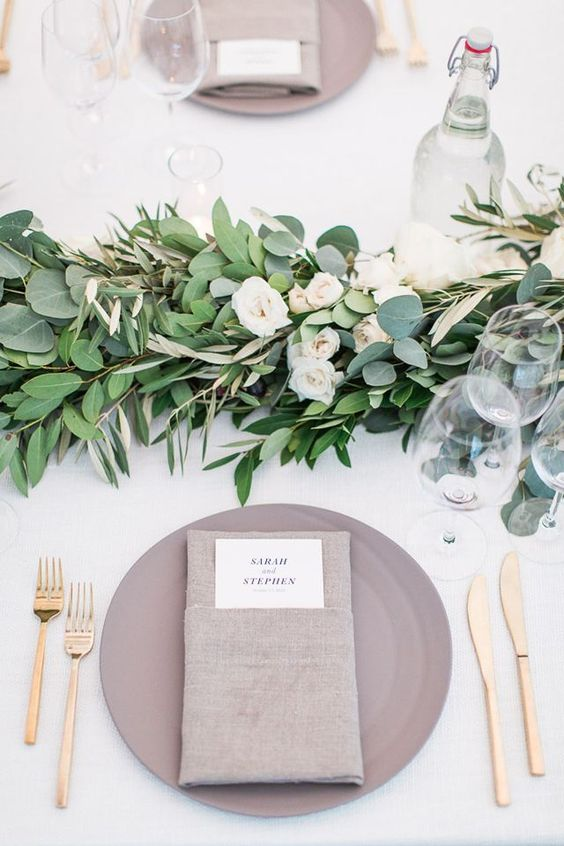 14-fresh-greenery-garland-with-white-roses-for-an-elegant-table-setting